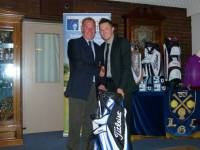 Division 3 winner Alex Bamford receiving his prize from the Club Captain. Congratulations Alex.